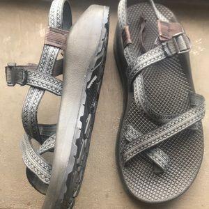 Men' Chaco Sandals Size 10 W